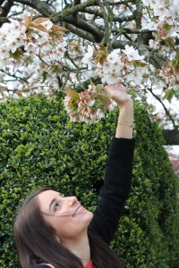 Blossom shaking