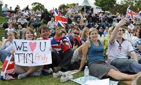 Wimbledon-fans-Andy-Murra-001