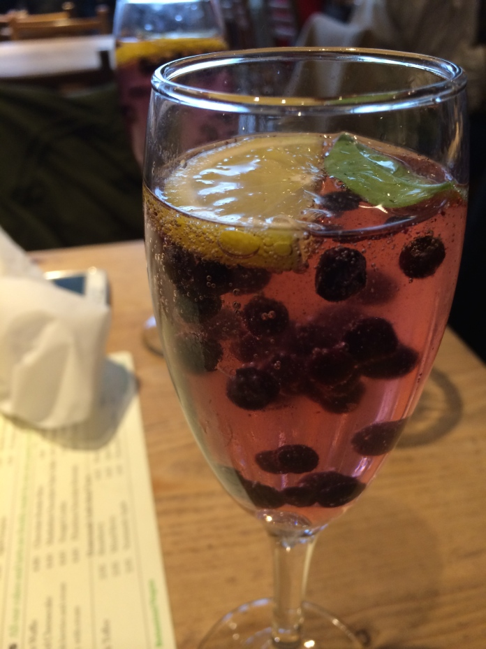 Blueberry and Elderflower Fizz
