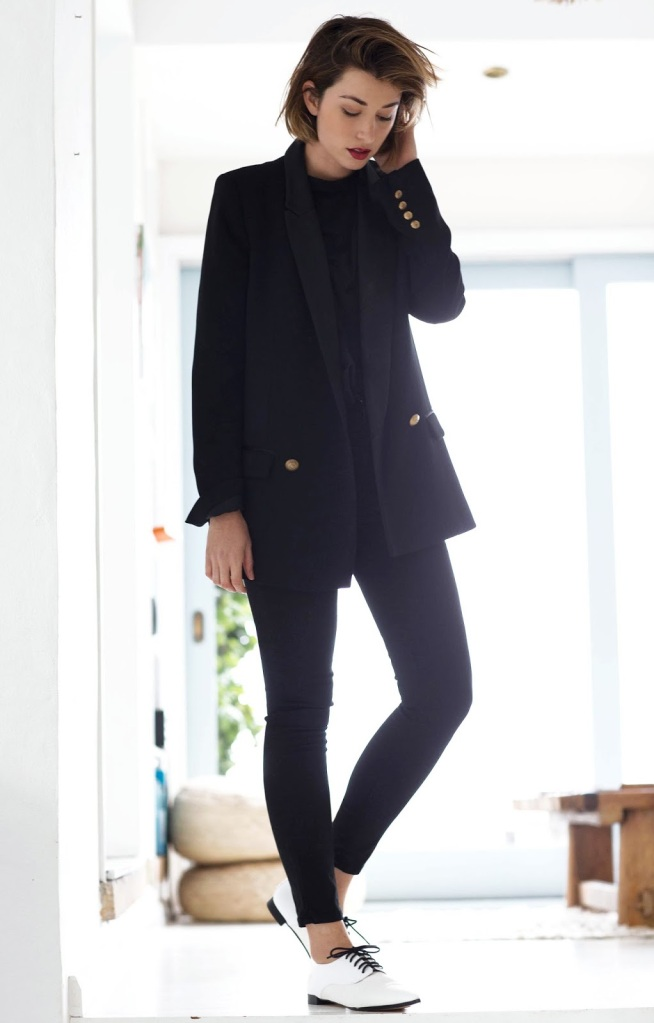 chronicles-of-her-black-blazer-black-jeans