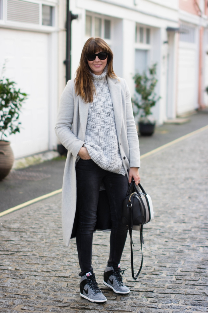 EJSTYLE-Dorothy-Perkins-Long-grey-coat-Givenchy-3-tone-mini-lucrezia-wedge-nike-sneakers-trainers-Acid-wash-black-jeans-asos-Zara-grey-chunky-sweater-jumper-Winter-OOTD-london-street-style