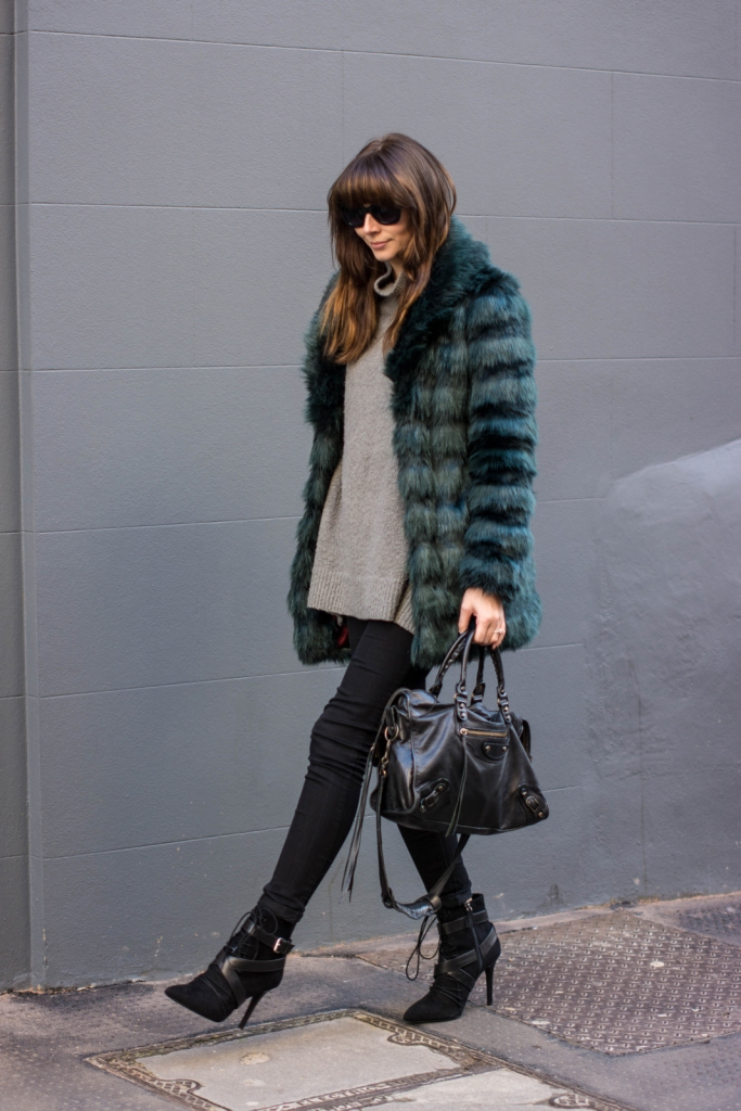 EJSTYLE-Fashion-Union-teal-green-faux-fur-coat-balenciaga-classic-city-bag-Black-skinny-jeans-Zara-lace-up-ankle-boots-SS15-winter-outfit-influential-fashion-bloggers-london-street-style