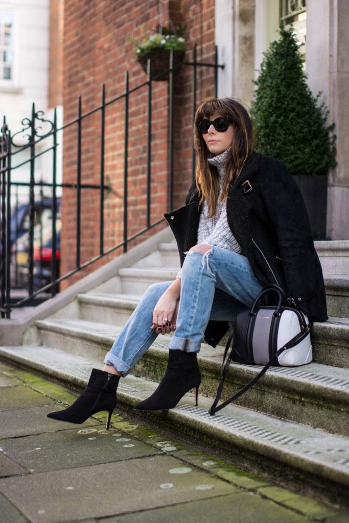 EJSTYLE-London-Street-style-Forever-21-black-faux-shearling-borg-jacket-Levis-501-ripped-boyfriend-jeans-Dune-Naturally-boots-Zara-chunky-knit-jumper-Givenchy-mini-lucrezia-bag-fashion-blogger-Emma-Hill
